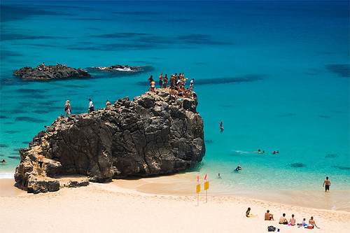 waimea_bay_jump_rock